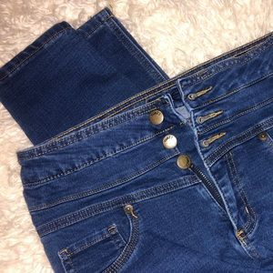 Extra High Waisted Jeans